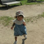 赤ちゃん靴で初めての一歩