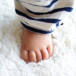 赤ちゃんの足ゆびの動き