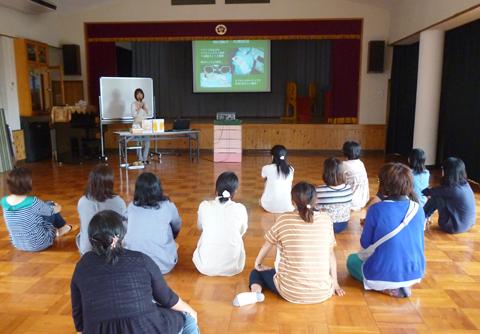 高知市の幼稚園で足育講座