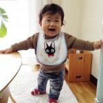ニコニコ笑顔の赤ちゃん