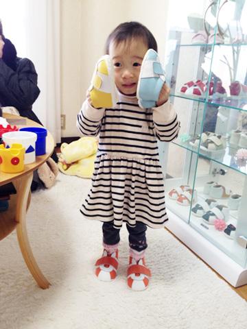 ベビー靴と赤ちゃん