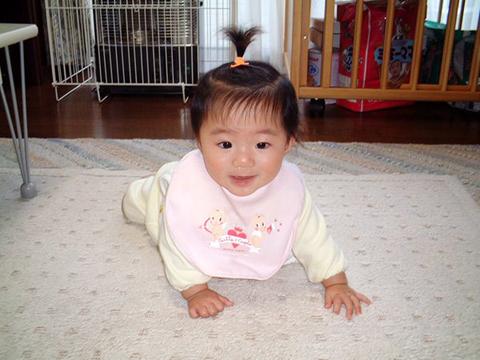 退院後の未熟児ちゃん