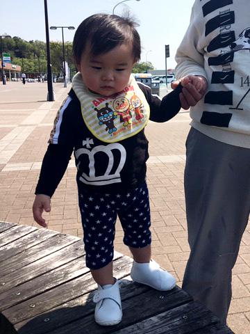 ひじいちゃんと一緒にお散歩