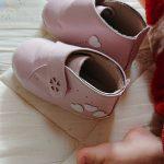 赤ちゃんの足