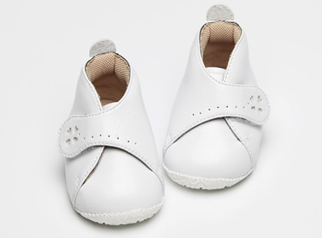 8d79cc265f971 ファーストシューズ白・革靴│10cm、11cm、12cm、13cm. Happy clover